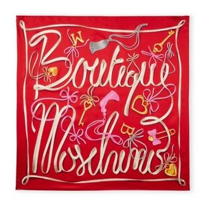 BOTIQUE MOSCHINO Silk ♥️Locket Scarf